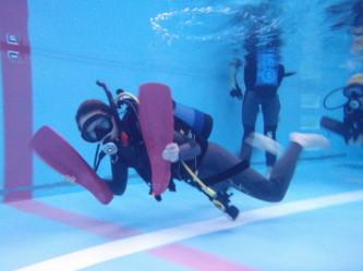 フィンが外れた時の泳ぎ方!