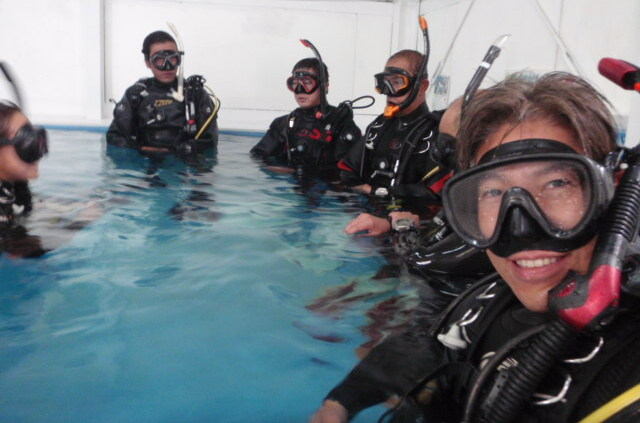 ココモ店内プールでインストラクターコース、集中★限定水域セッション!