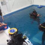 大学のダイビング部一年生、ダイバーになるの巻(プール練習)