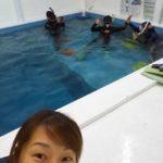 室内温水プールでスキンダイビング上達コース