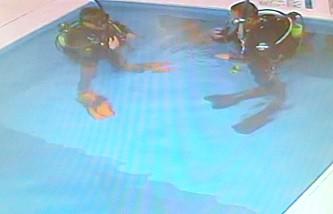 お仕事帰りにココモ温水プールで夜の体験ダイビング!