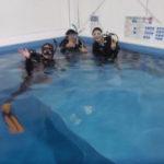 ココモプールで体験ダイビング(ライセンスコースの一部になります!)