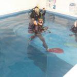 ココモプールは昼下がりの…水面下の女子会!