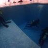 プロダイバーもココモのプールでトレーニング